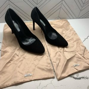 Prada Suede Pumps size 38 (us 8)
